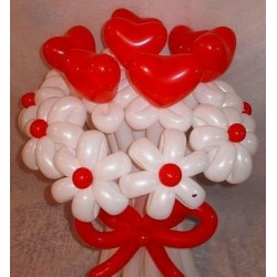 Букет ШДМ + сердечки (красно-белый)