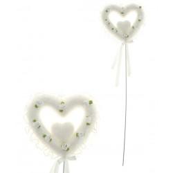 Сердце на палочке белое в розах  d-10см